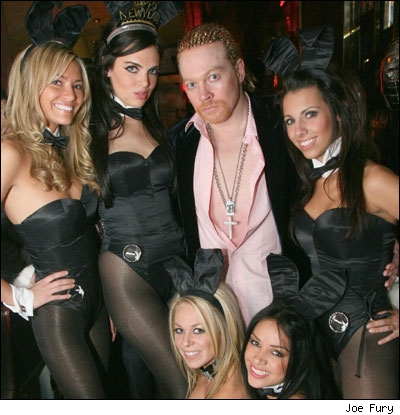 axl-rose-playboy-bunnies