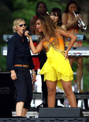Ellen & Bey